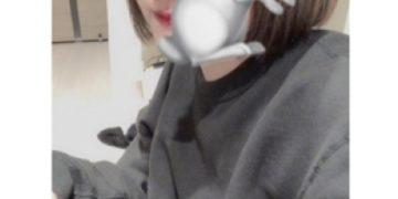 ノーブラJK制服いちゃキャバ【はっち∞神田店】公式HP 在籍キャスト ゆかプロフィール写真