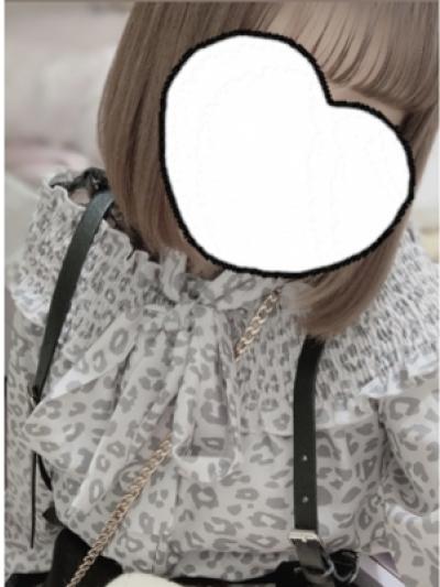 ノーブラJK制服いちゃキャバ【はっち∞神田店】公式HP 在籍キャスト りさプロフィール写真