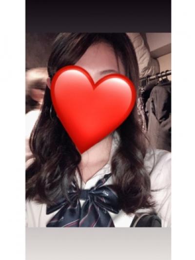 ノーブラJK制服いちゃキャバ【はっち∞神田店】公式HP 在籍キャスト れいなプロフィール写真